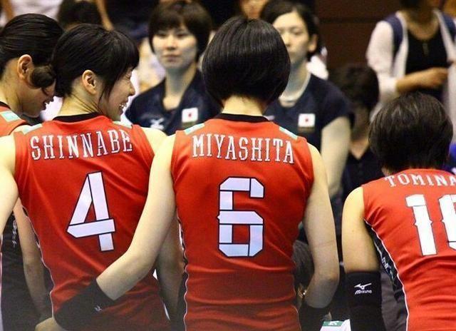 """日本女排""""一传教科书""""新锅理沙正式退役,29岁仍未打算结婚"""
