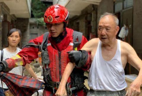 贵州遵义遭遇强降雨 26名被困群众获救