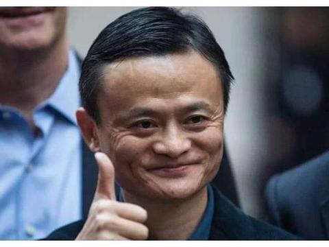 曾是中国首富太太,丈夫入狱后她力挽狂澜,现独扛千亿商业帝国