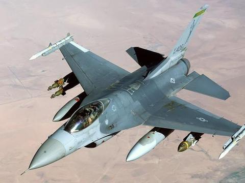 美军四代机空中冲突涉及到了AAA作战?F-22只扔了几枚小直径炸弹