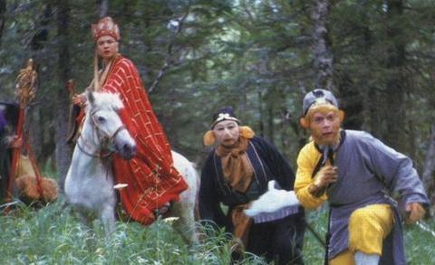 看了那么多年《西游记》,殊不知六小龄童的老婆是剧中的她?
