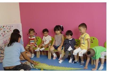 9月份出生的孩子,3岁选择读小班还是托班?幼儿园老师给出建议