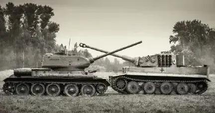 主炮仅相差3mm,体重却多出24吨,虎式坦克该如何借鉴T34-85