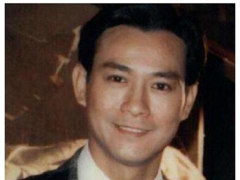 79年郑少秋带赵雅芝看妇科,几天后,沈殿霞冲到剧组就是一巴掌