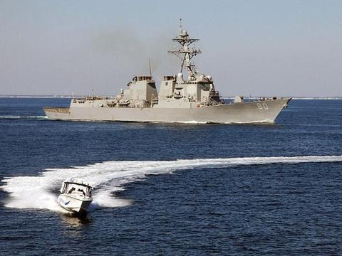北约7国舰队集结,大西洋演习警报响起,战疫时刻俄罗斯不能安心