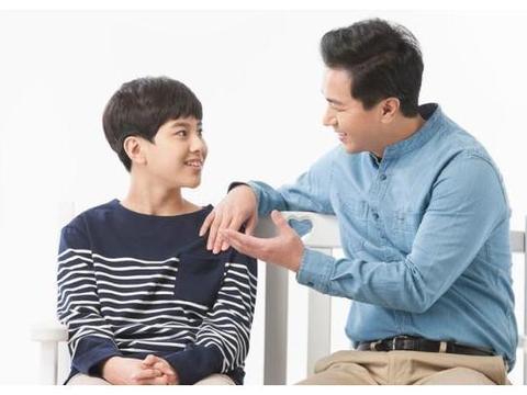 经常打断孩子说话,孩子的性格会变得孤僻,父母应该学会倾听
