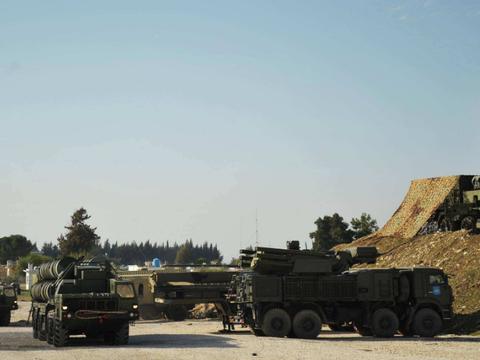 """俄方已向利比亚,调遣11套新型""""铠甲-S1""""防空系统"""