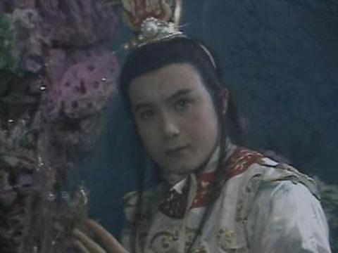 西游记:万圣公主放弃小白龙追随九头虫的原因,你猜的出来吗