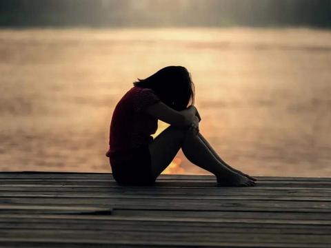 产后抑郁症与产妇性格有关系吗?符合这几种因素,家人要小心了