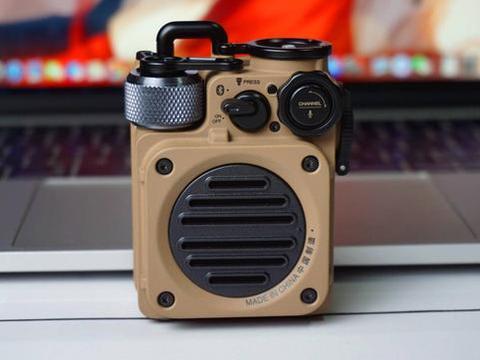 军工品质,猫王收音机野性mini开箱:颠覆我认知的户外音箱