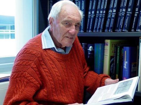 """澳大利亚一生物学家刚满104岁,他的生日愿望竟是""""想死"""""""