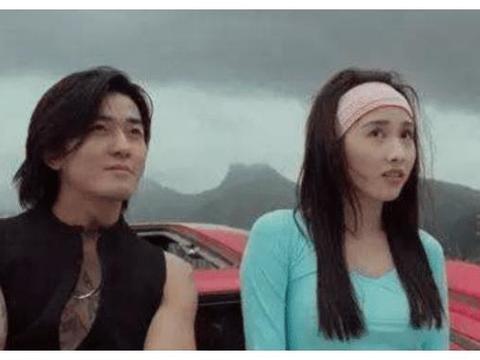 """陈浩南和小结巴""""再续前缘"""",25年后再同框,你看几分像从前?"""