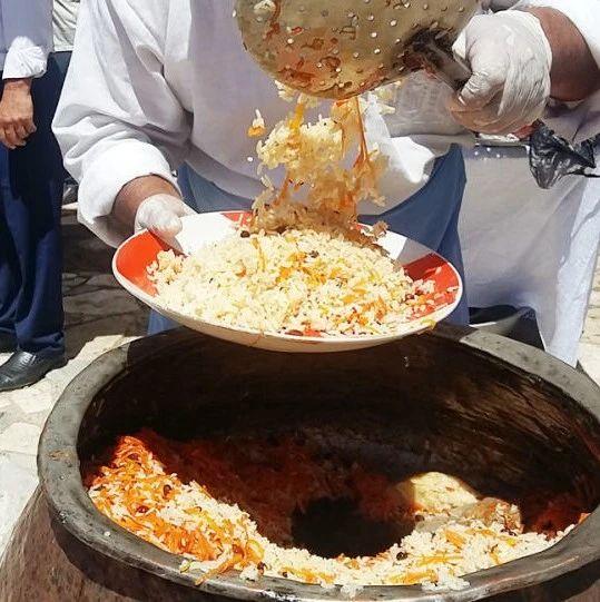 官方认证!乌兹别克斯坦最便宜的抓饭在这里