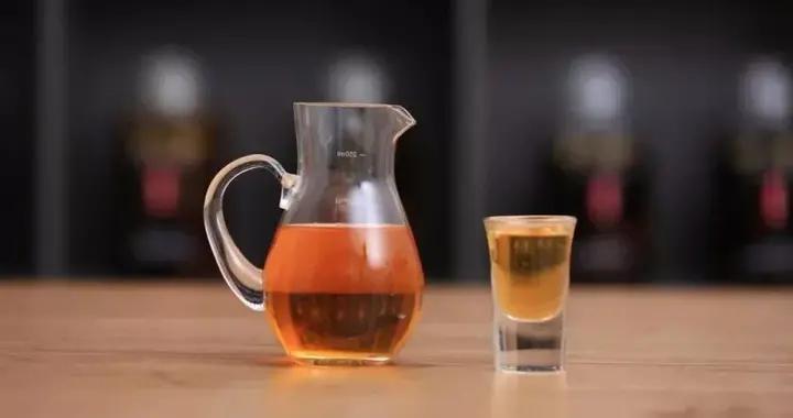 """每天喝一两""""XX泡酒"""",对身体有益吗?医学专家告诉你答案"""