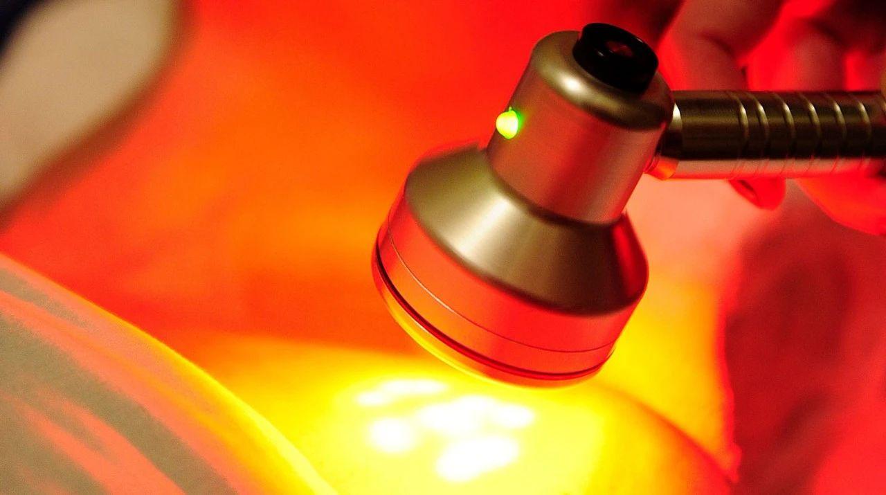 特定频率的红光照射或可改善视力
