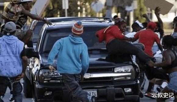 黑人暴乱副作用?很多国家禁止黑人入境,原因让人拍手称快