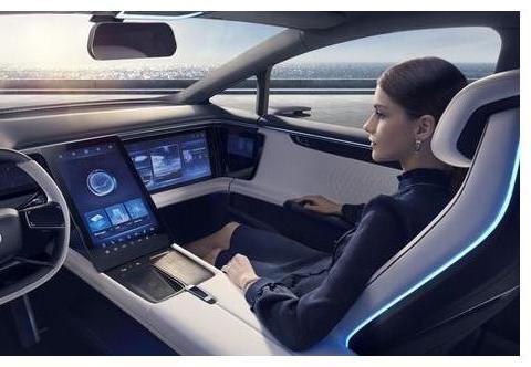 对开门、鸥翼门组合,最帅的中国高端车,将引入北斗导航系统