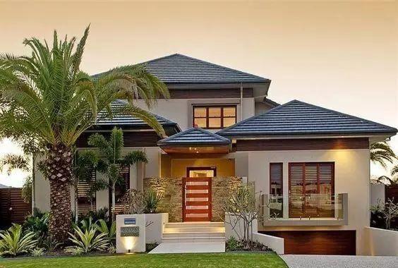 """许多人认为乡下房子大多还是延续了老一辈的审美,盖的""""欧式小别墅"""",总弥漫着""""乡村土豪""""的气息。"""