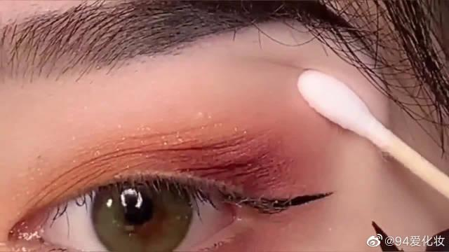 新手如何一笔画眼线,超级简单,你确定你知道吗?