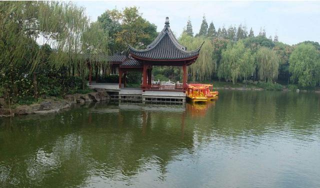 上海又一公园走红,内含300年古桥却门票免费,是绝佳的避暑胜地