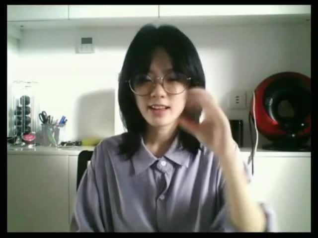 甜甜圈用手语教方方班里的聋生英语录屏片段来啦~