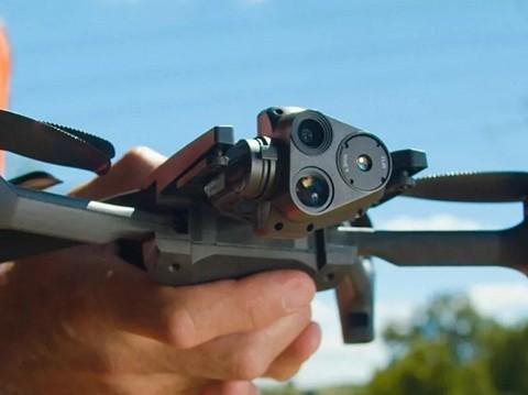 Parrot推出Anafi USA无人机 32倍变焦+热成像功能