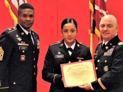 美国女兵投诉上级性骚扰惨遭肢解 死前或遭性侵