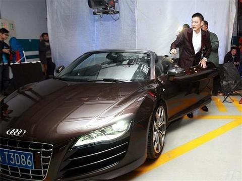 刘德华卖掉豪车做慈善,却留下了这台日系车,网友:这才是真明星