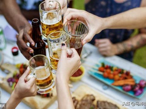 喝酒导致减肥失败?你不知道的酒精真相