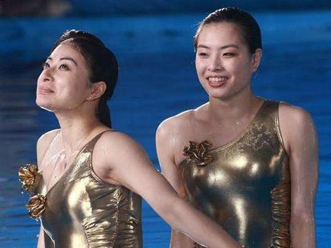 高材生娶到跳水奥运冠军!从普通人成富豪有原因,吴敏霞好眼光