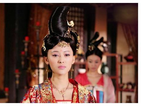 西安出土7座墓葬,墓主穿僧袍且有佛门器物,专家却说她们是宫女