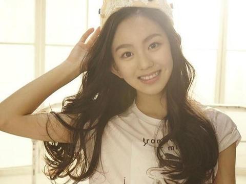 SM第二位中国籍女爱豆,第一位中国籍女团主唱,和金子涵是好友