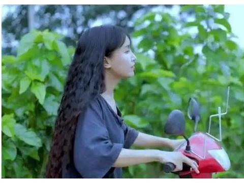 李子柒成为年轻人榜样,座驾却非常低调,看了让人羞愧