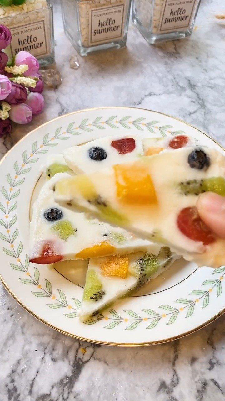 颜值高又好吃的水果酸奶冰淇淋,下午茶就来这个吧