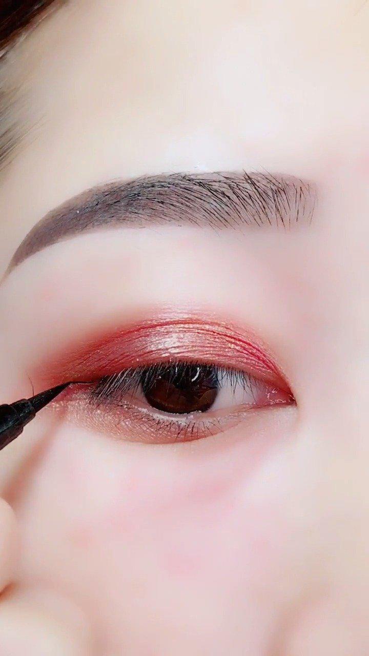适合所有眼睛的半截眼线 ✧(≖ ◡ ≖✿) ٩(*Ӧ)و