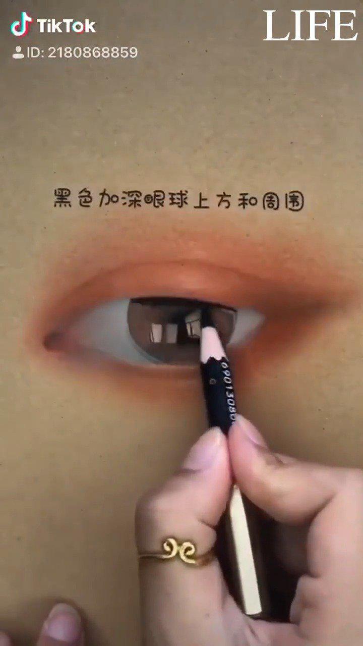 教你画清澈的眼睛,步骤超详细,看完就会啦~ 刺痛我网络教学