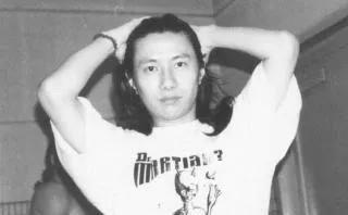 和婚恋20年的前妻离婚后娶了刘芸,聊聊摇滚老炮郑钧的那些年