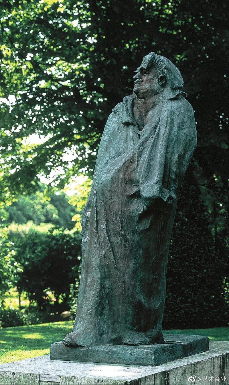 罗丹认为自己的巴尔扎克雕像是其一生的艺术巅峰……