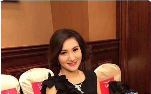 2001年美女主持梁艺突然全身瘫痪,曾多次为自己征婚