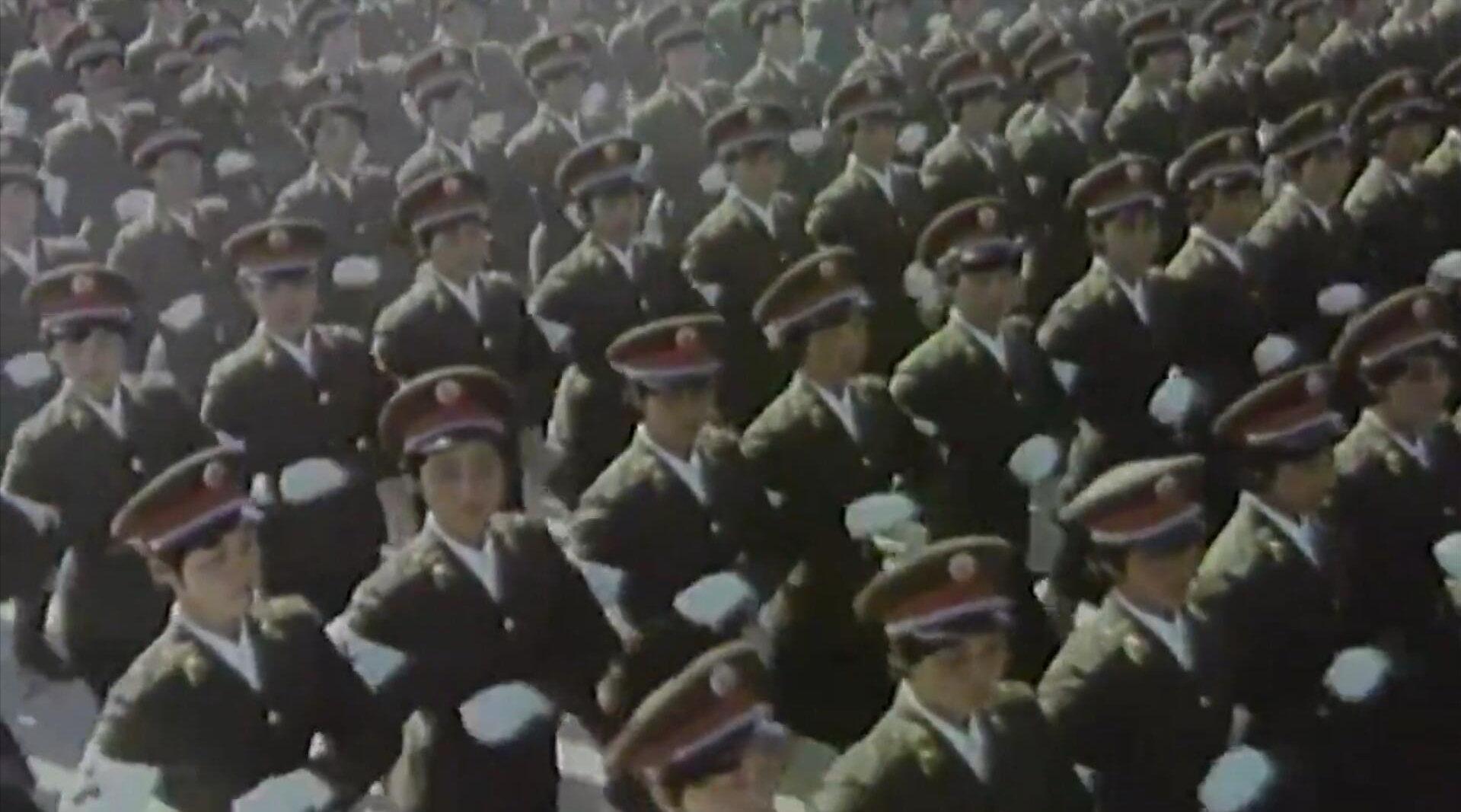 """新中国阅兵式第一支女兵方队,揭秘""""最强女团""""是怎样炼成的?"""