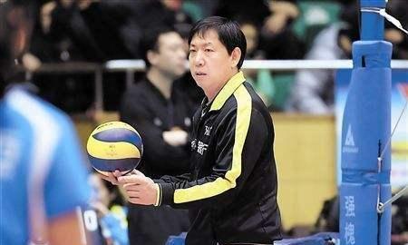 天津女排,主帅王宝泉卸任时间确定,袁灵犀有机会接任吗?