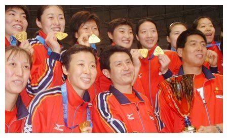"""新世纪中国女排4名主二传,3人拿三大赛""""最佳"""",仅1人颗粒无收"""