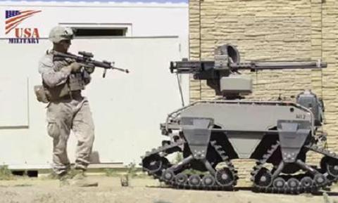 将手机与步枪配合,这种单兵信息化系统在军用领域的应用不容忽视