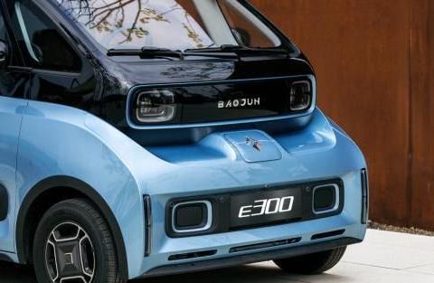 新宝骏E300怎么样?有惊喜也有实力,打造智能汽车新业态