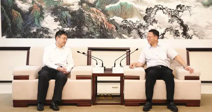 康军会见中国工程院院士、浪潮集团首席科学家王恩东
