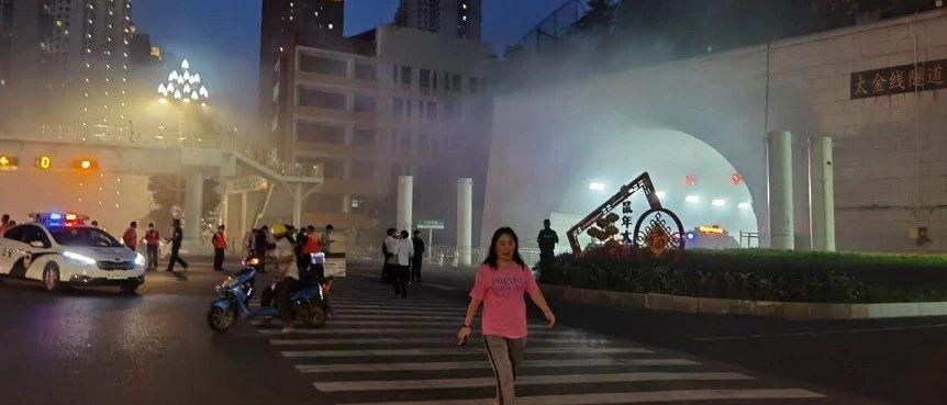 突发!刚刚贵阳发生两起车辆自燃,现场浓烟滚滚、道路一度中断!