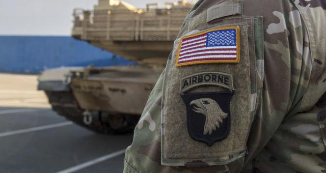 特朗普动真格!五角大楼批准移防计划,9500名美军准备入驻波兰
