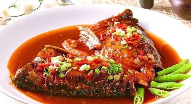 美食食谱推荐:酱汁大虾、香辣煎鱼头、苦瓜拌花生米、西芹炒凉薯