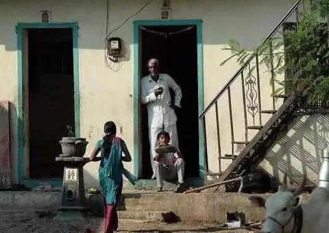 """印度最""""神奇""""村落,400年从不装门,但当地女性苦不堪言"""