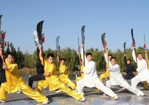 武术VS搏击术,谁会更胜一筹?从日常训练就能看出!
